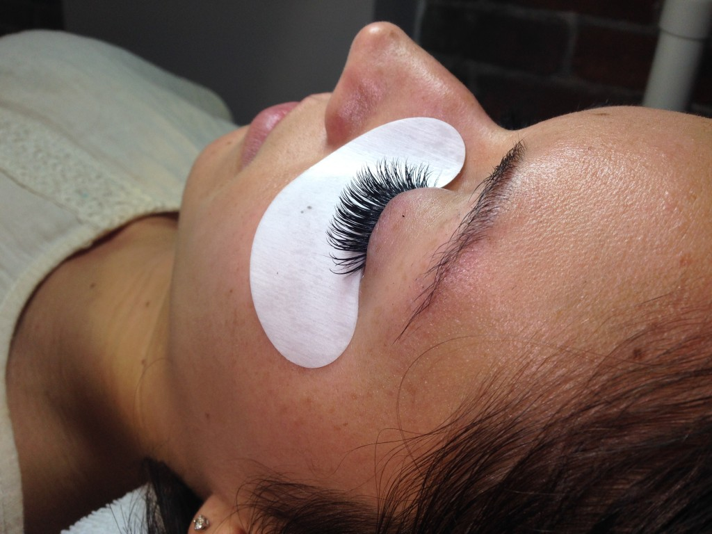 Lashes NJ extensions